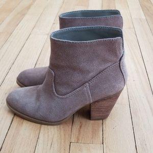 Womens Nine West booties
